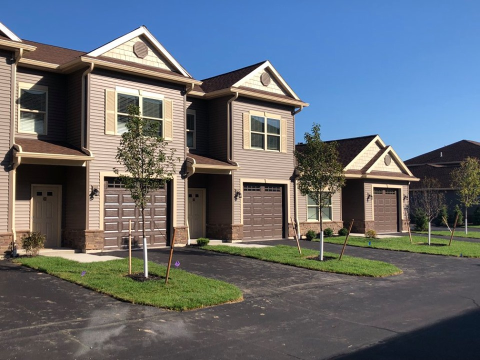 Maincenter of Clarence Townhome